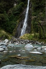 Haast-Pass-New-Zealand-adventure-hiking-waterfalls-haastriver