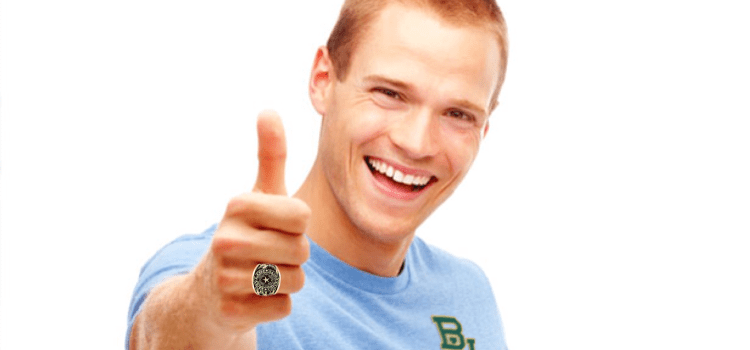Baylor Senior Notices Aggie Friend Also Received 'Class Ring'