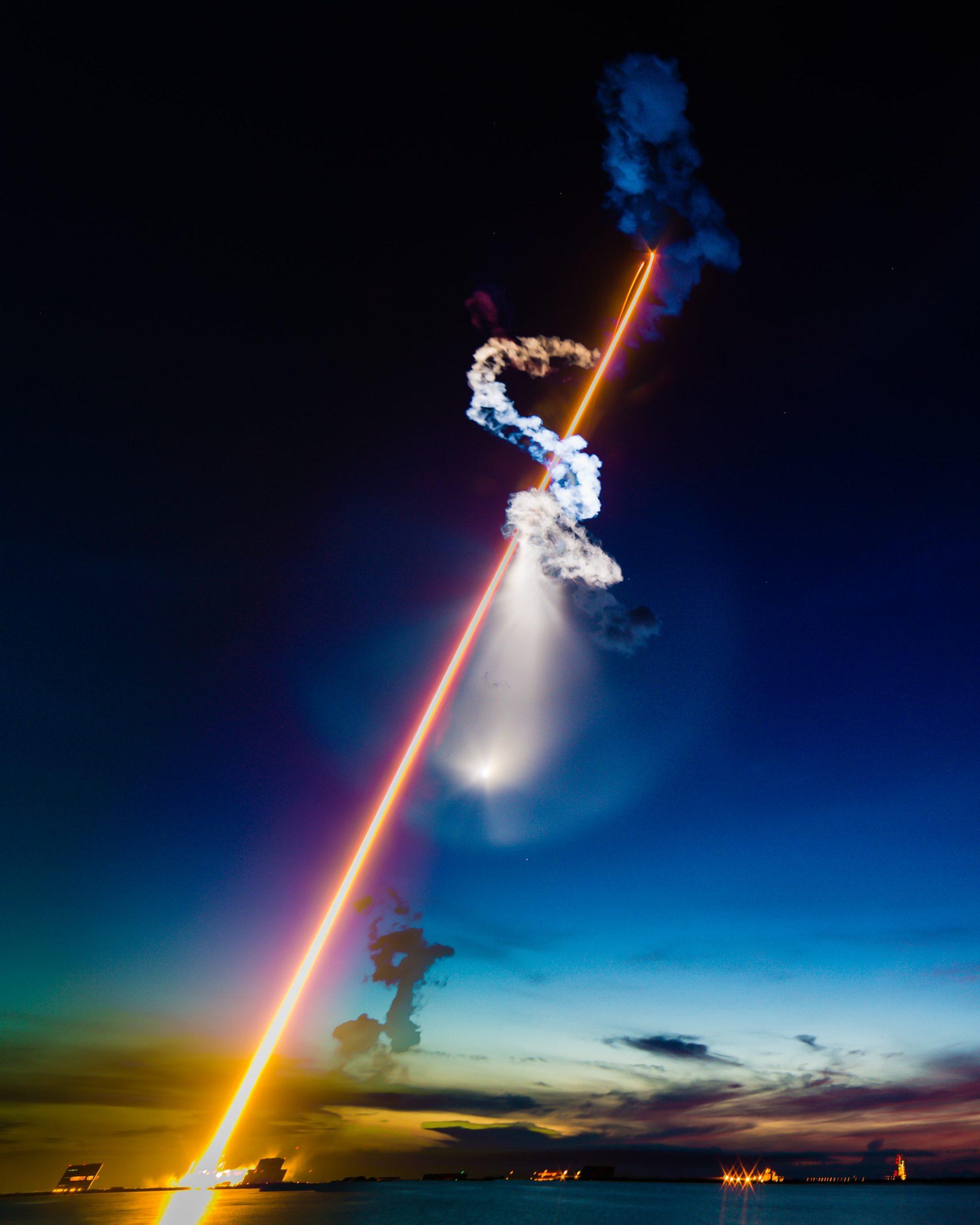 ロケット打ち上げ:株価上昇イメージ