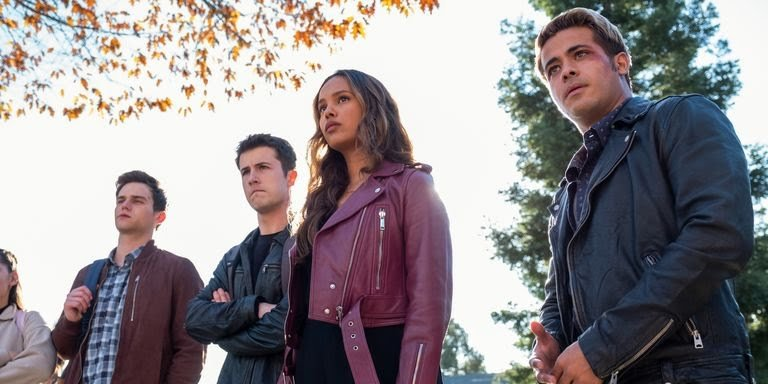 Netflix's popular and controversial teen drama series '13 Reasons Why' returns this Friday. Here's a Recap and what to expect in its Finale: 1 MUGIBSON WRITES