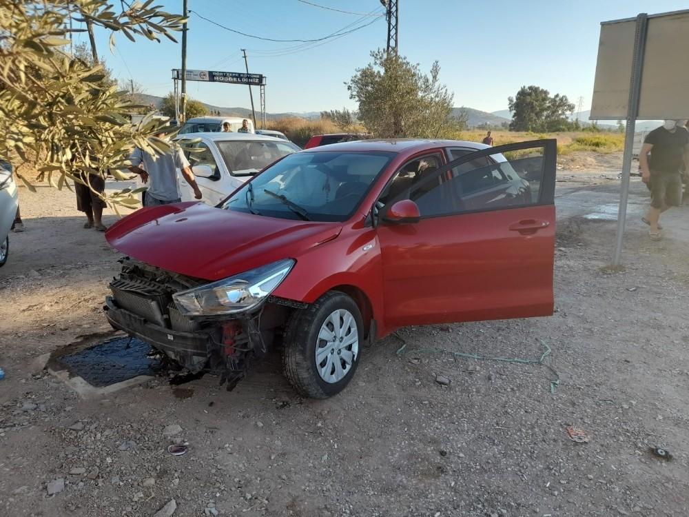 Milas-Bodrum karayolunda kaza: 1 yaralı