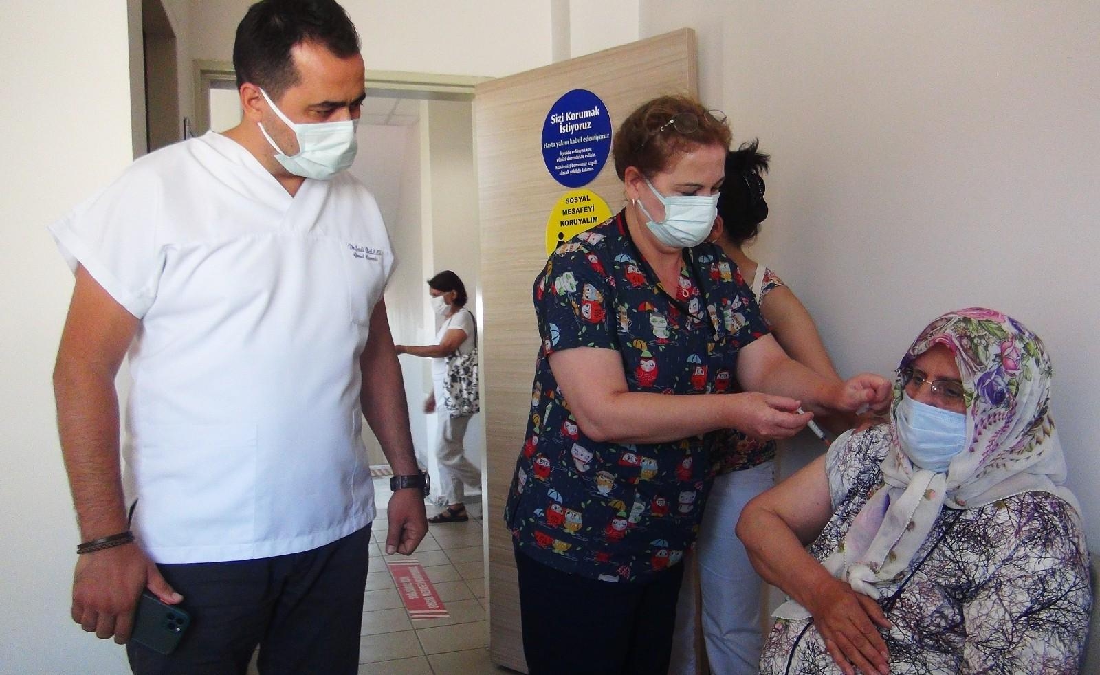 Muğla'da yüzde 94,2'lik aşılama vaka oranlarına da yansıdı