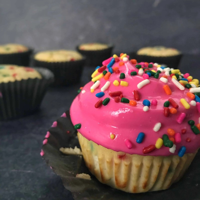 birthday cake protein cupcakes