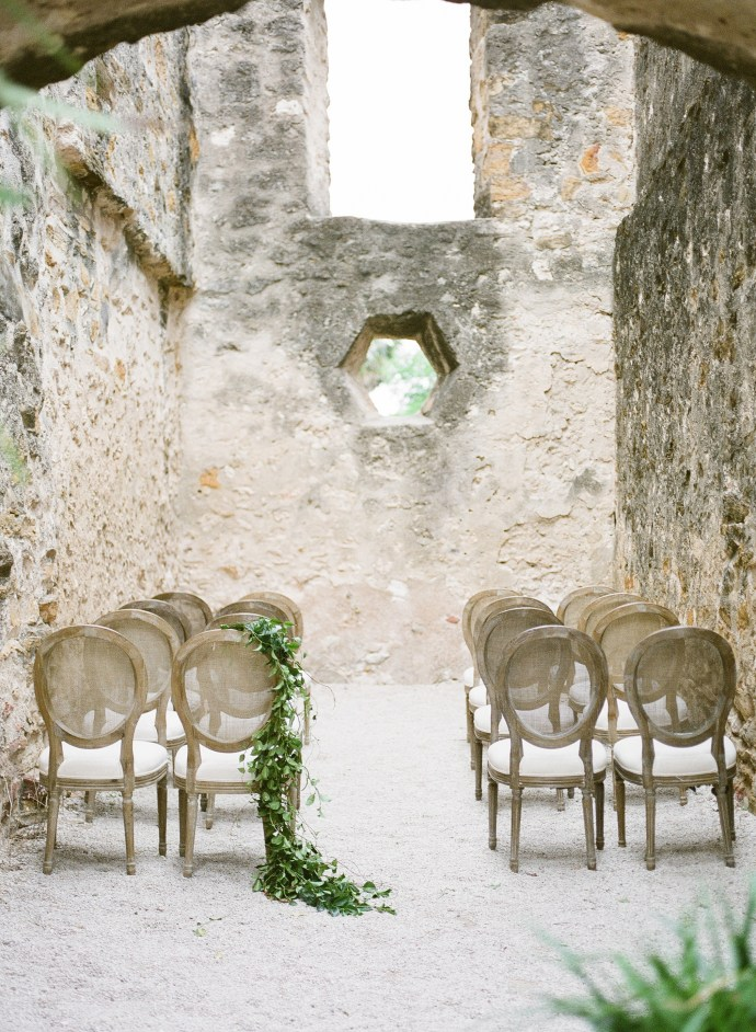 romantic organic elopement at mission san jose | Muguet Photography
