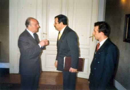 Muhammed Bozdağ Bosna ziyaretinde merhum İzzetbegoviç ile (1994)
