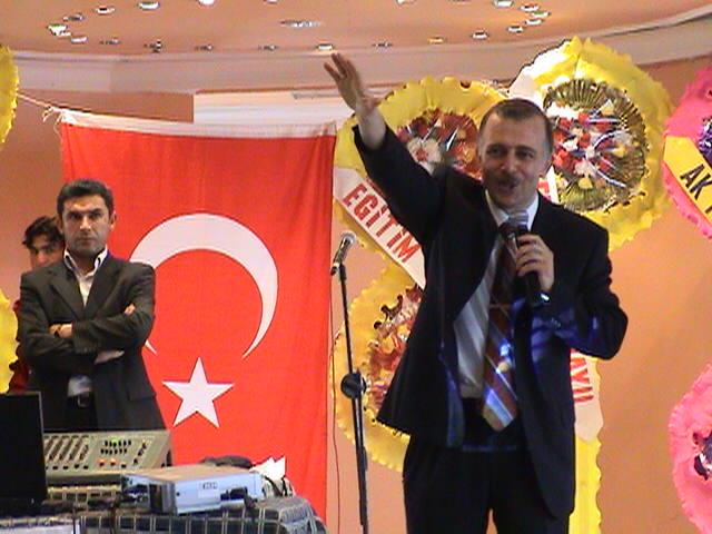 Muhammed Bozdağ Diyarbakır konferansında...