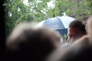 Regen am Hochzeitstag soll Glück in der Ehe bringen
