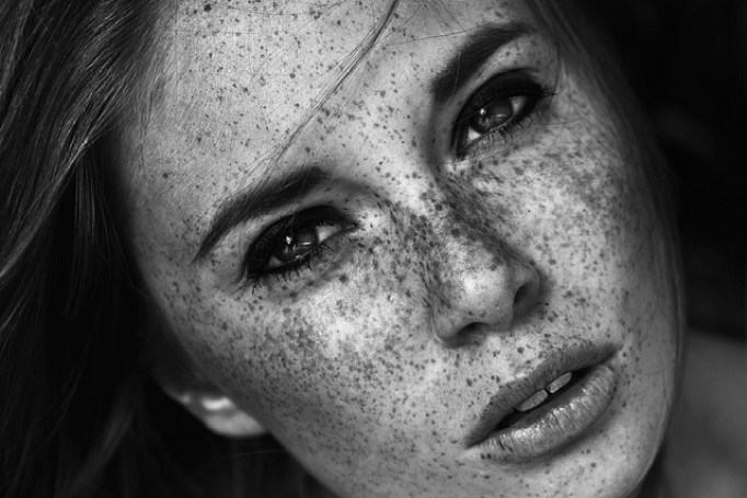 Greta-Tu-photography-freckles-