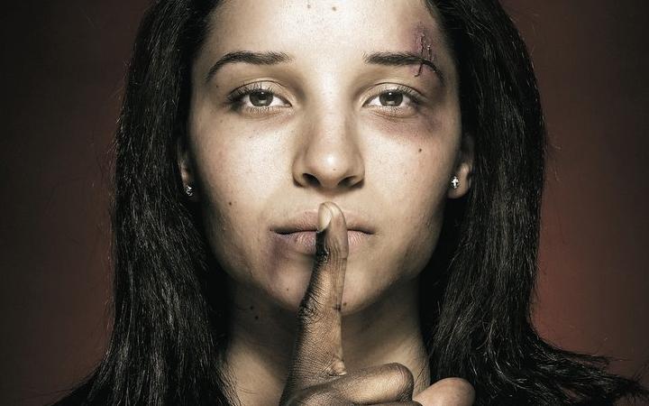 Violencia-de-parejaII
