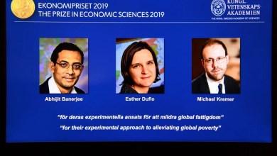 Photo of Nobel da Economia atribuído a francesa, indiano e norte-americano por estudo da pobreza