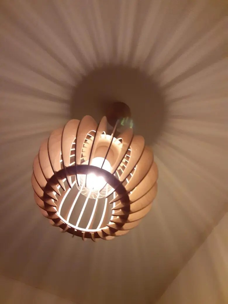 木好きには堪らない、そのこだわりに感服するイケダ照明のオリジナルペンダントライト