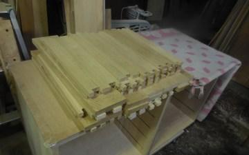 モザイクキャビネットの抽斗部材加工