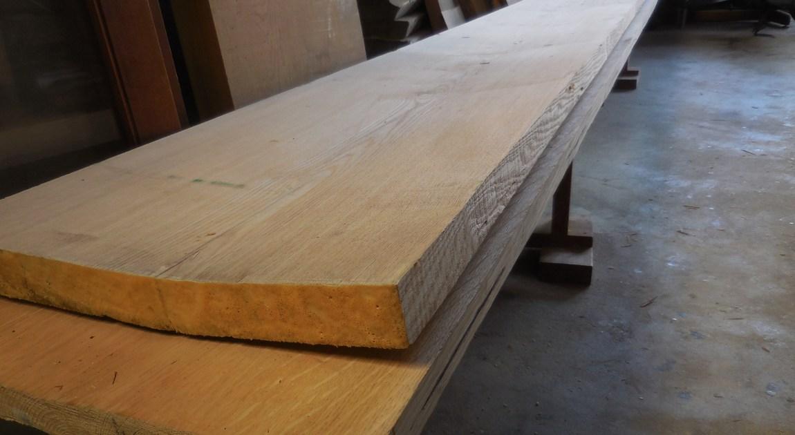 タモ材とナラ材
