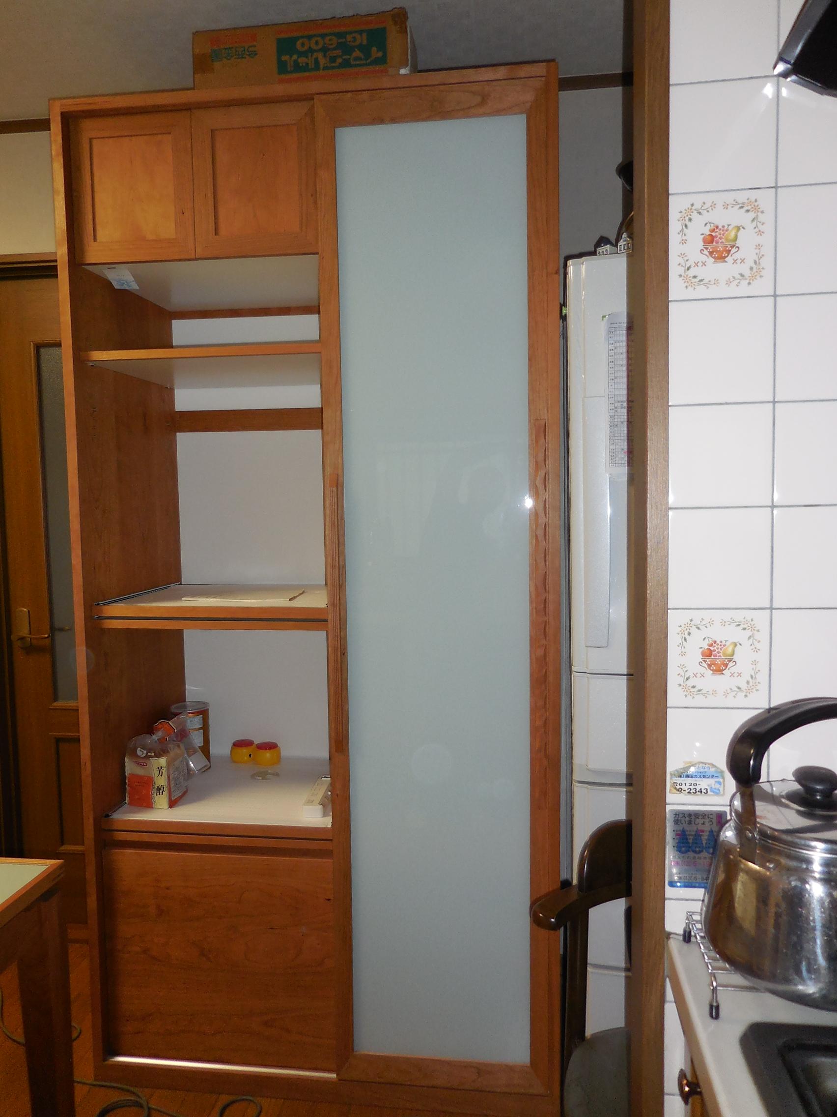 食器棚 006