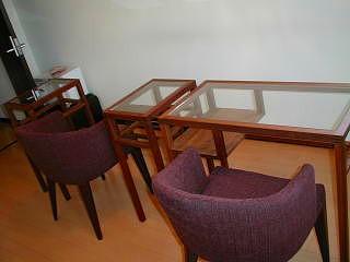 ネイルサロン ガラステーブル
