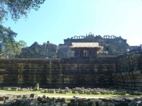Bouddha allongé - Baphuon - Temples d'Angkor