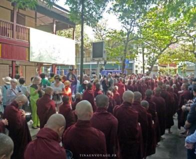 crowd monk mahagandayon