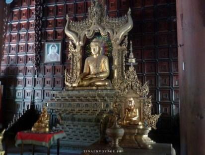intérieur monastère Shwe In Bin Kyaung