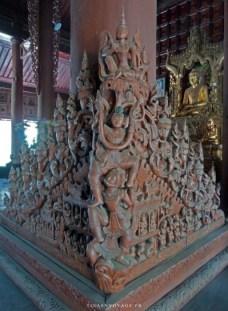 sculpture intérieur monastère Shwe In Bin Kyaung