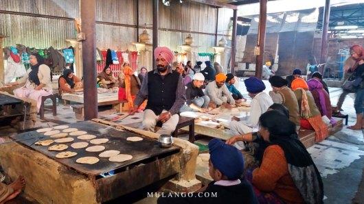 Amritsar, Guru-Ka-Langar, préparation des Shapatis