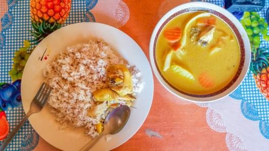 A Batad, aux Philippines, mon repas pris au Lorenz Hôtel.