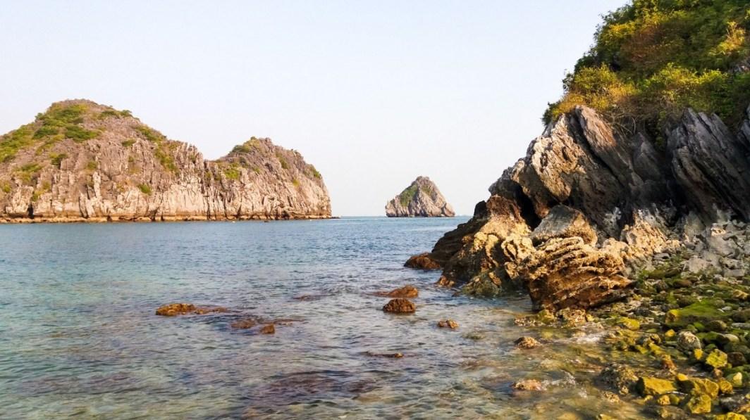 Baie de Lan Ha face à l'île aux singes Vietnam