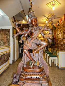 Statue en bronze dans un magasin de Madurai