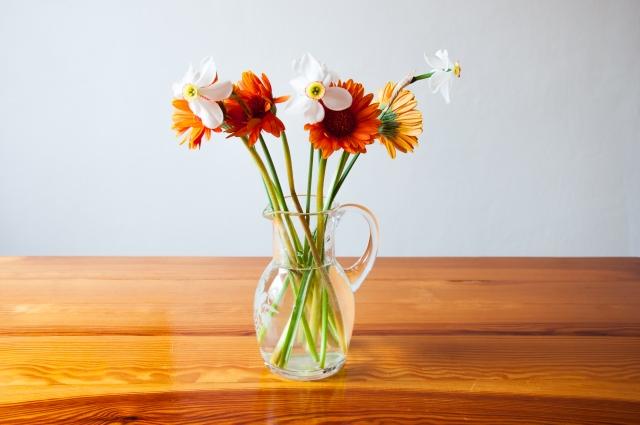 花瓶の花 長持ち 方法