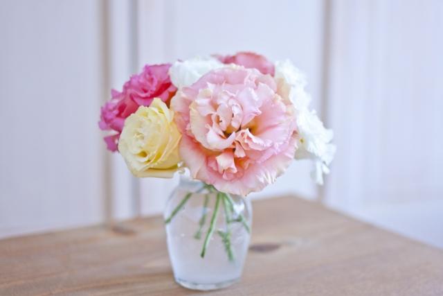 花瓶の花 すぐ枯れる