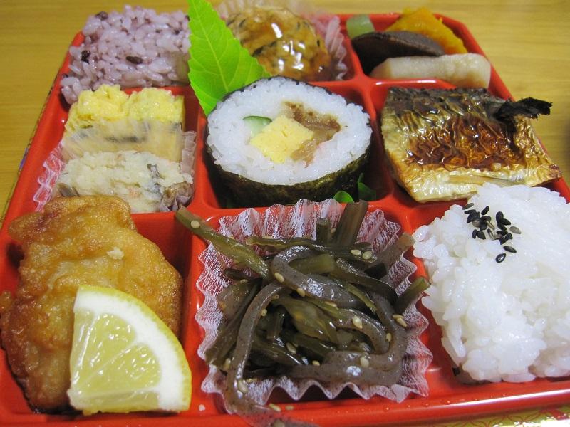 花見 弁当 巻き寿司