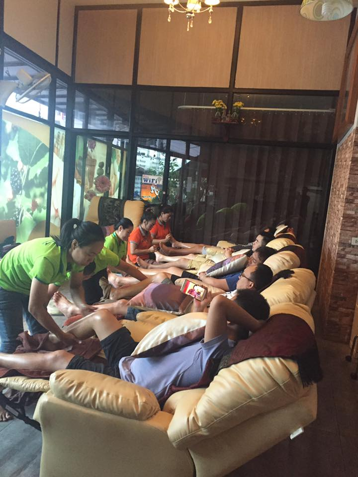FOOT MASSAGE AT MULBERRY MASSAGE