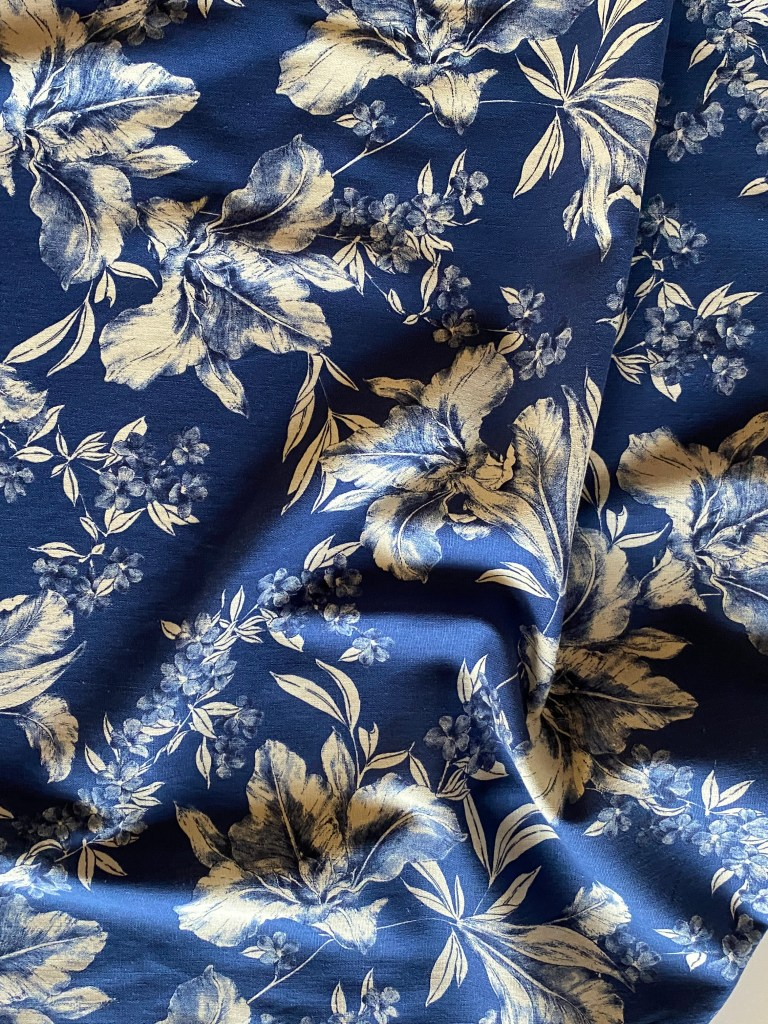 made in Italy Blue /& White Floral Fabric by 1 yard Large Flower Print 100/% Viscose Soft Cloth Material for Summer