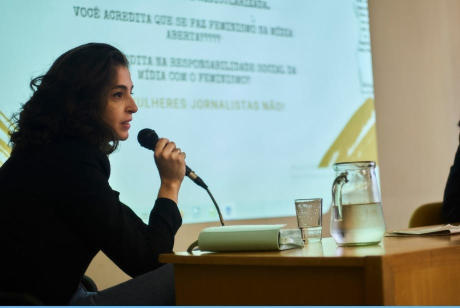 Mulheres Jornalistas debate sobre mídia e feminismo em feira do livro