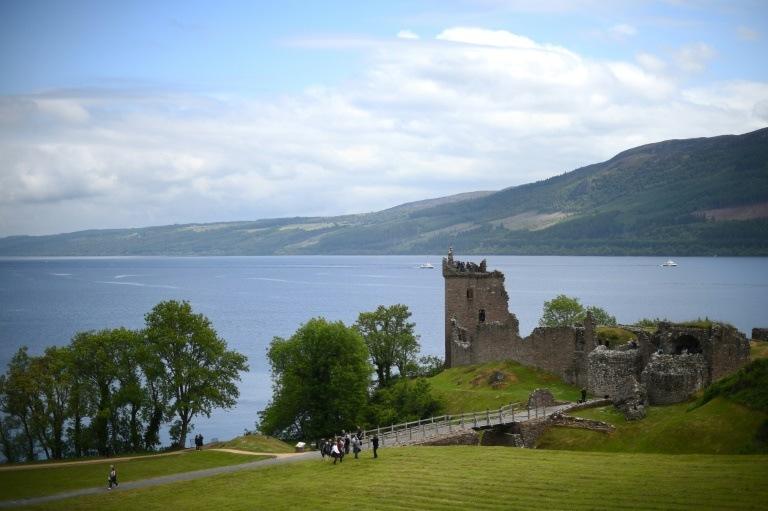 O MONSTRO DO LAGO NESS: Lago na Escócia é um ponto turístico que atrai turistas por causa de suas lendas