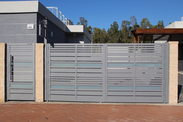 Specialty aluminum driveway and entry gate