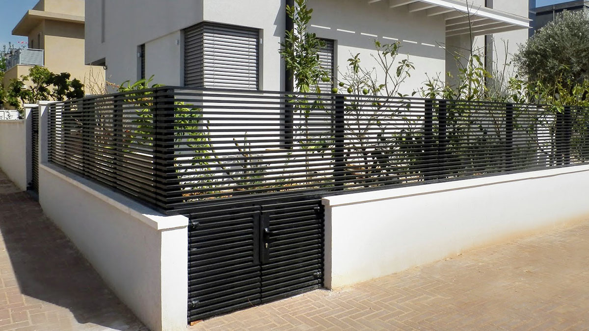 Hi-tech aluminum fence