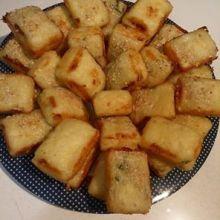 לחמניות גבינה עם רוזמרין / הני וזדיאס