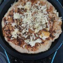 פיצה מקמח כוסמין / יפית דויד