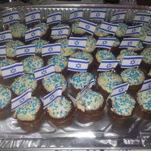 מאפינס שוקולד בציפוי שוקולד לבןן / רוני ימנר