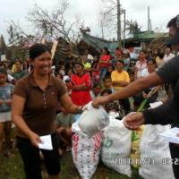 Help Philippines Update - Relief Goods Distributed in Mayorga, Leyte