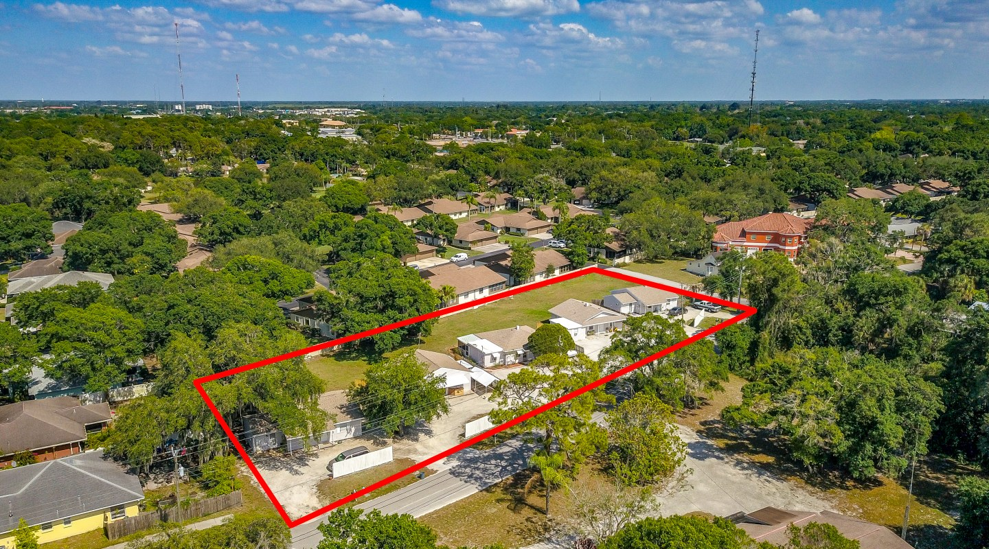 Just Listed! 10 Unit Apartment Building Near Downtown Sarasota