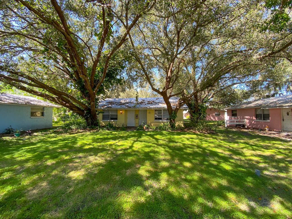 The Multifamily Firm Brokers Sale of Apartment Complex in Nokomis, FL