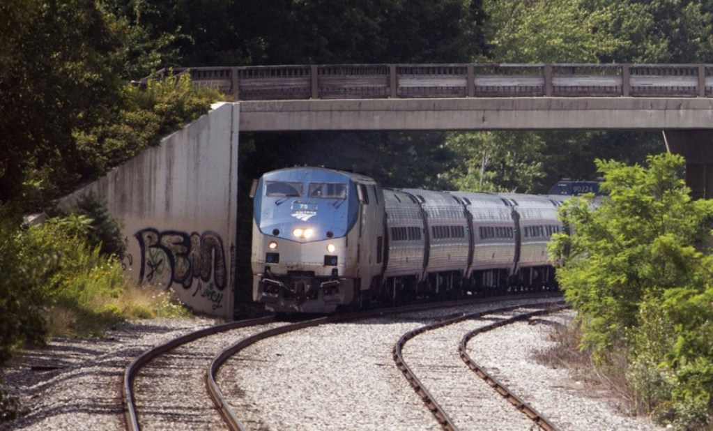 Brunswick to Rockland Downeaster rail service delayed again
