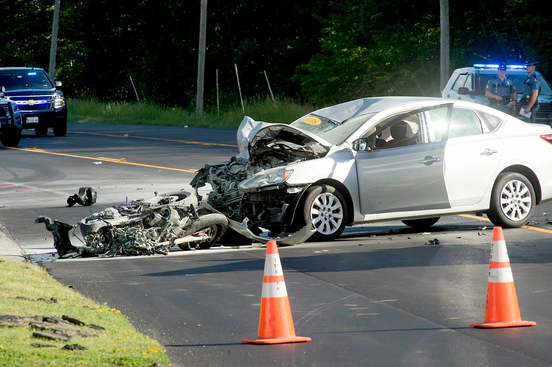 One person dead after car collides with motorcycles in Turner