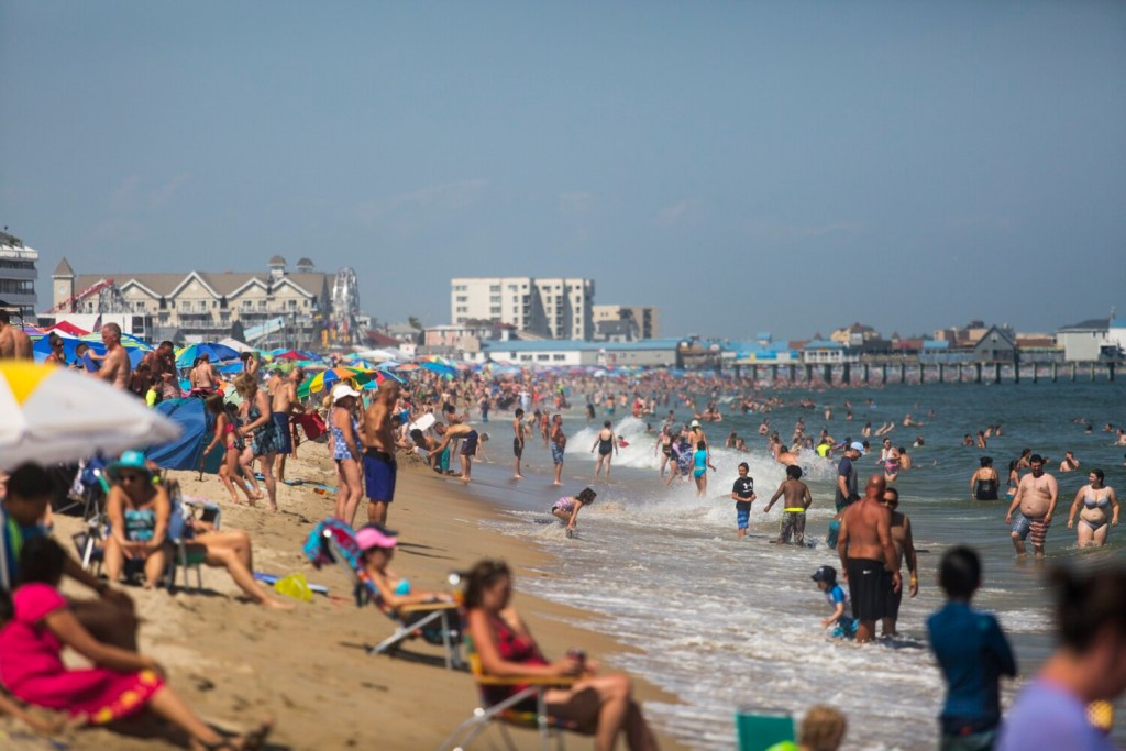 Visitors pack Old Orchard Beach where temperatures reached the 90s on Saturday and Sunday.