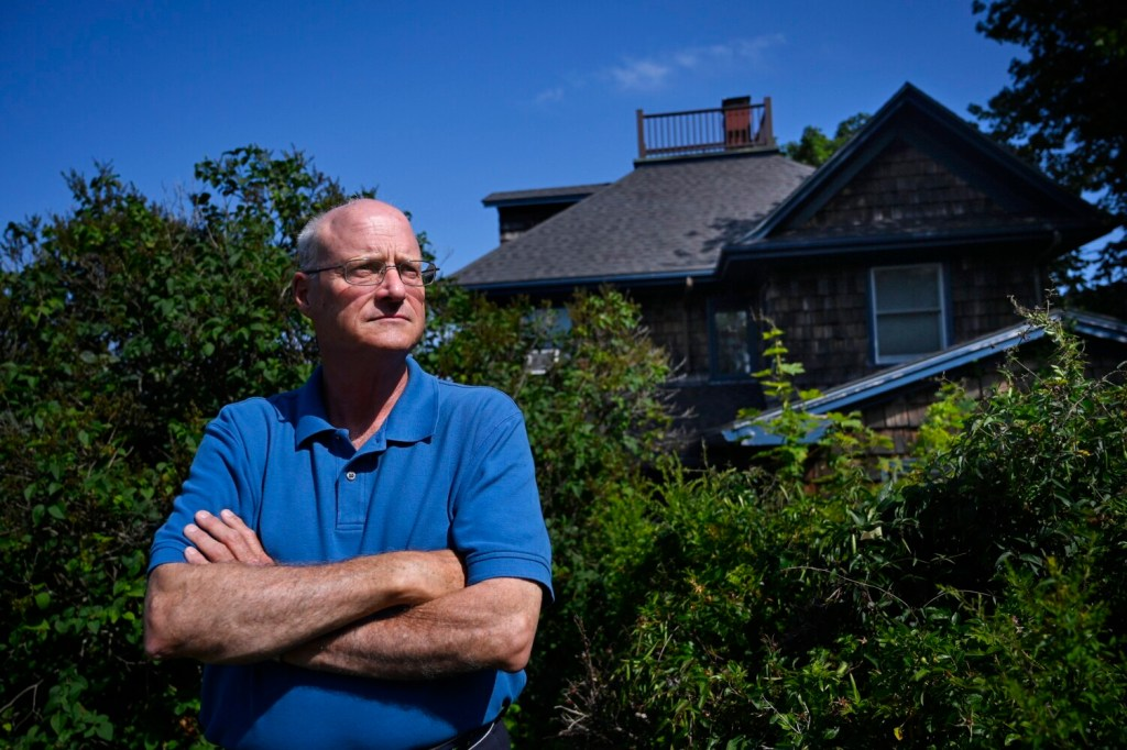 David Wakelin, a member of the Portland International Jetport noise committee, is pressing the FAA to come up with ways to fix the noise problem he and his neighbors endure in their South Portland neighborhood.