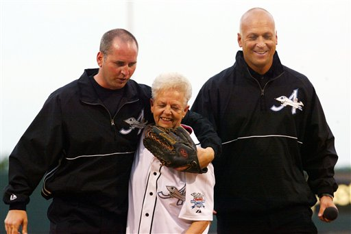 Cal Ripken Jr., right, and his brother, Bill, with their mother, Vi, in a 2002 file photo.