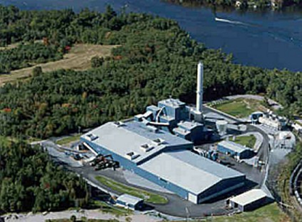 Garbage disposal contracts with the Penobscot Energy Recovery Co. in Orrington ran out March 31, but delays to the completion of the Fiberight plant in Hampden have forced the Municipal Review Committee and the towns that joined it to divert their waste to landfills.