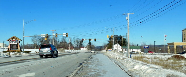 The intersection at the Oxford Casino now has a blinking yellow light and red turn signal to direct traffic.