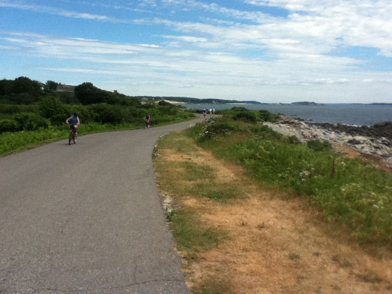 The back shore of Peaks Island offers bikers and walkers beautiful views of the Atlantic. Brad & Wyatt's Bike Shop near the ferry landing rents bicycles to visitors who don't bring their own.